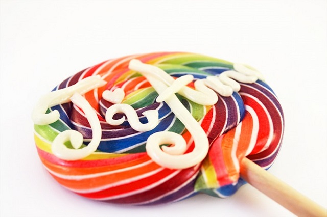 personalised-lollipops-780x520